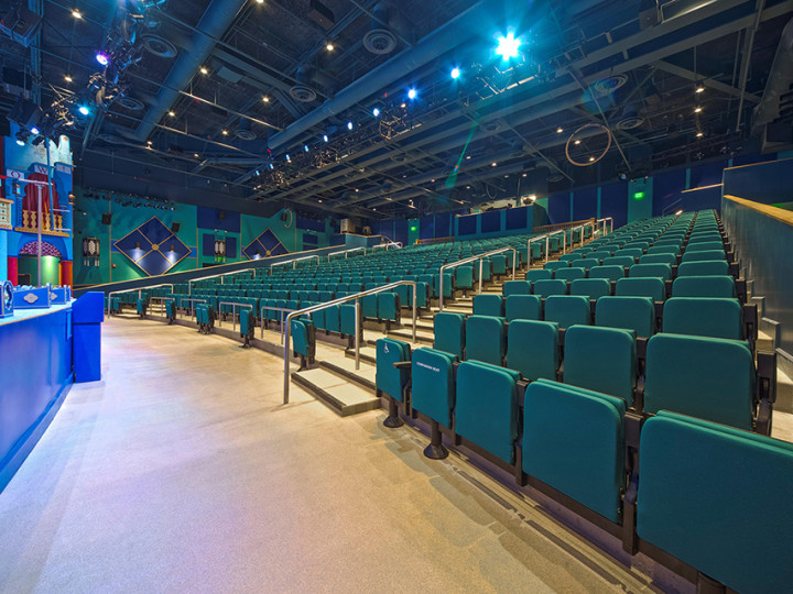 SPACE MAX CHAIRS – BUSCH GARDENS 4D THEATRE, TAMPA, USA