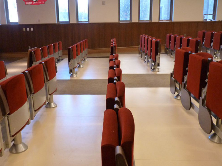 "Our Space Max seats live the ""American way of life""- BOSTON UNIVERSITY, USA"