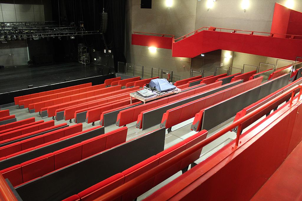 Oignies-salle musiques actuelles-Hugon Tribunes (4)