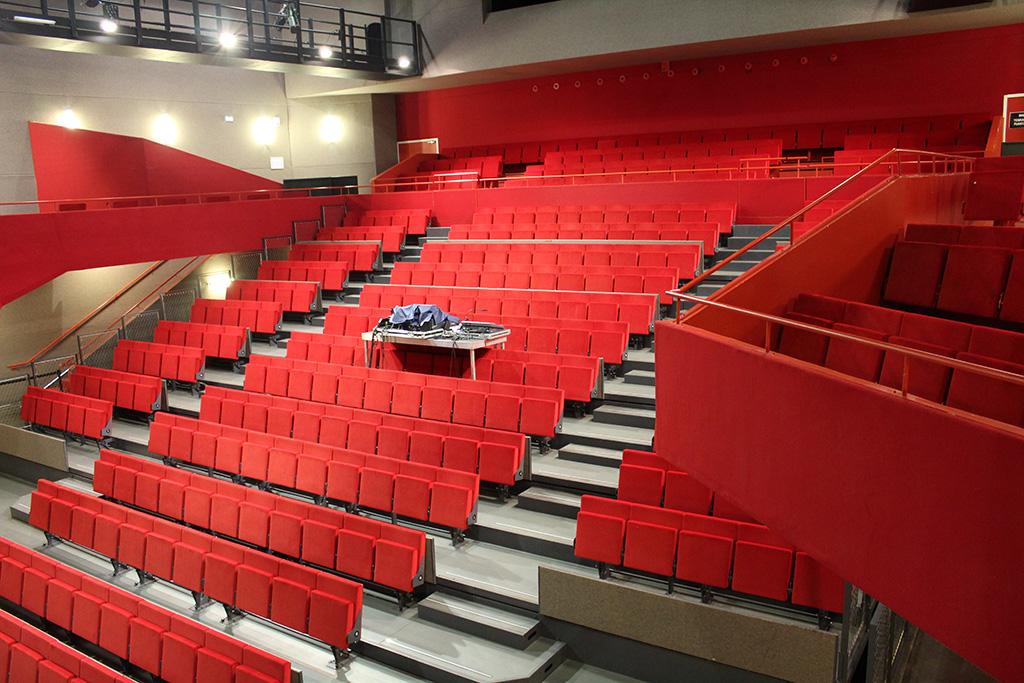 Oignies-salle musiques actuelles-Hugon Tribunes (5)