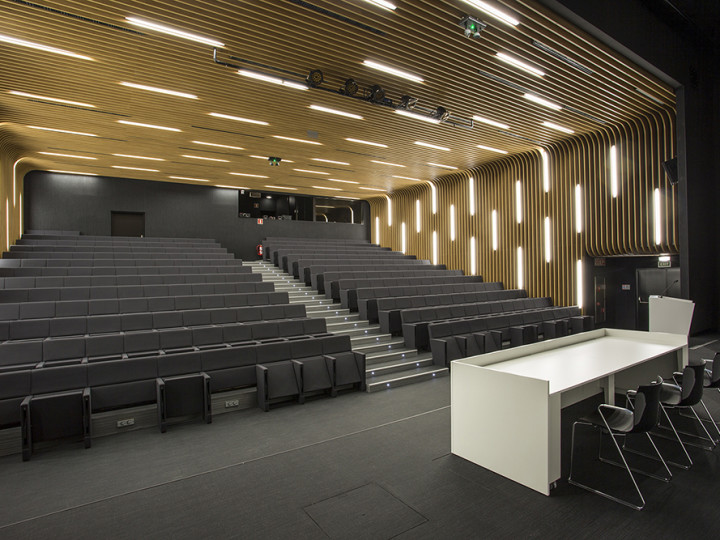 DAFNE SEATS – ORONA IDeO NEW BUILDING, HERNANI, SPAIN