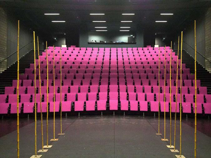 BUTACA TIP EN GRADA – Théâtre  Juliette-Minoterie, FRANCIA