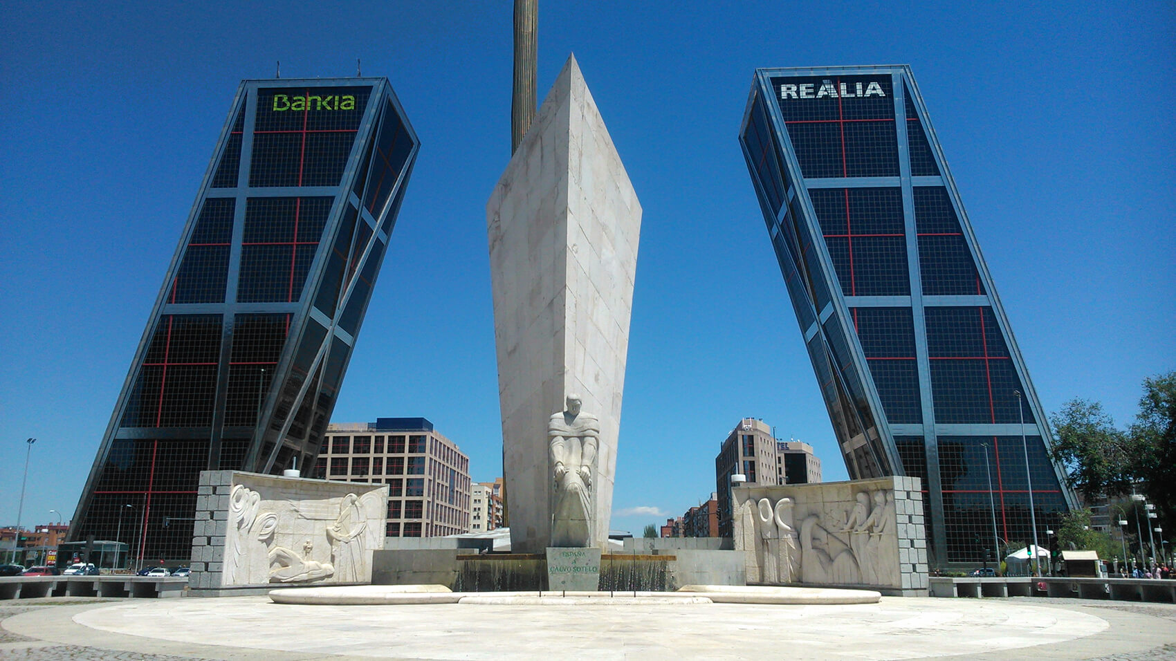 Bankia hq torres kio madrid - Torres kio arquitecto ...